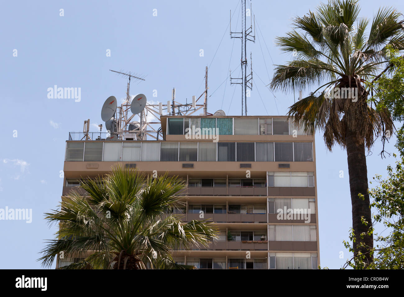 Antennae on top of building - Stock Image