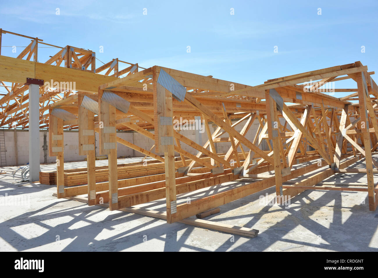 Wooden Roof Trusses Stock Photos Amp Wooden Roof Trusses