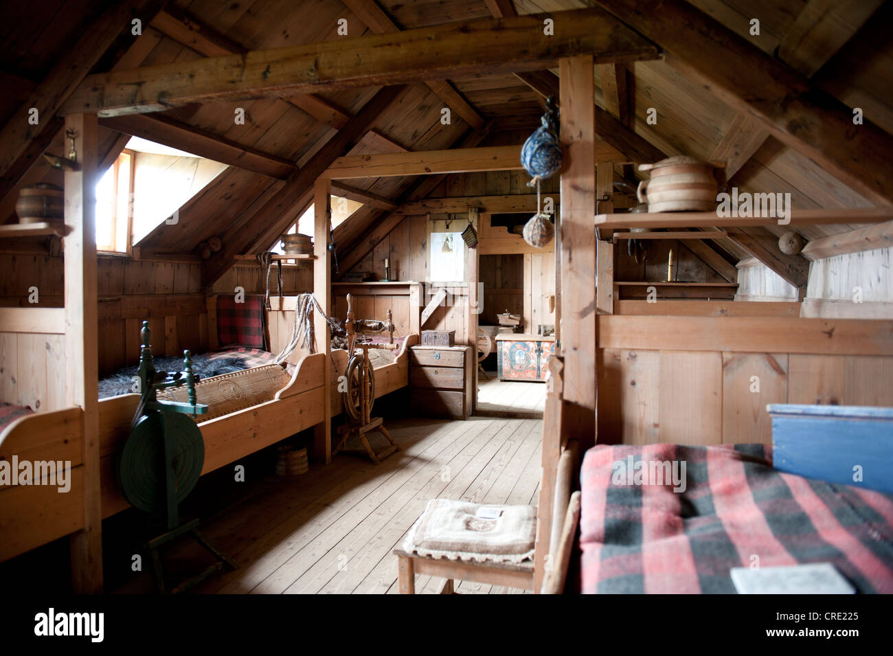 Living in the Middle Ages, interior view, wooden furniture, old sod house, turf and sod constructions, open-air - Stock Image
