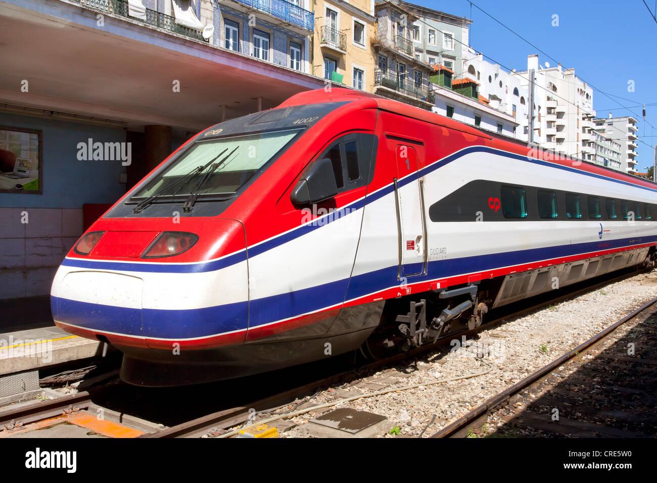 Alfa Pendular, high-speed train of the Portuguese state railway CP, Comboios de Portugal, in Santa Apolonia Railway - Stock Image