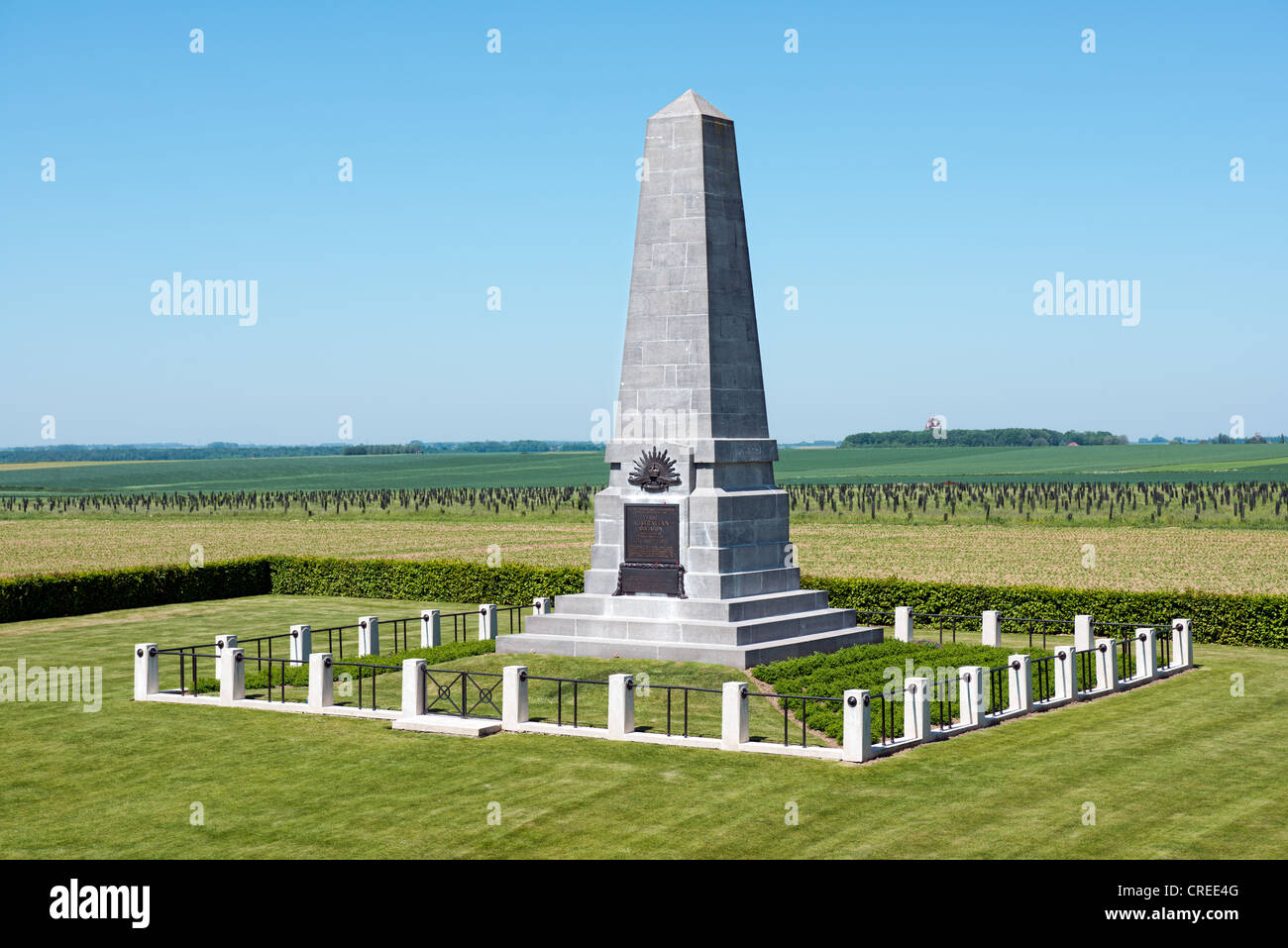 The WW1 Australian 1st Division Memorial with the Thiepval memorial in the distance, Pozières, Somme, France - Stock Image