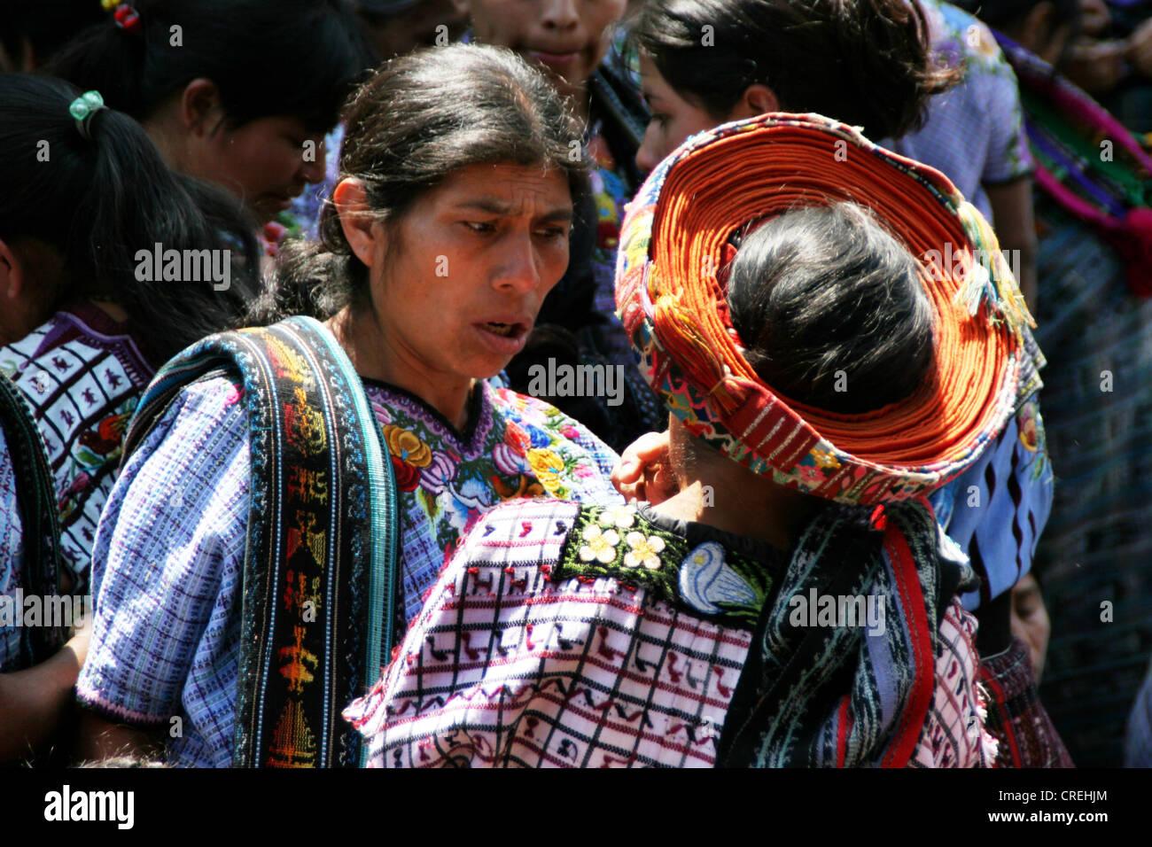 Maya woman with typical head covering from Santiago de Atitlan, Guatemala, Atitlansee, Santiago de Atitlan - Stock Image