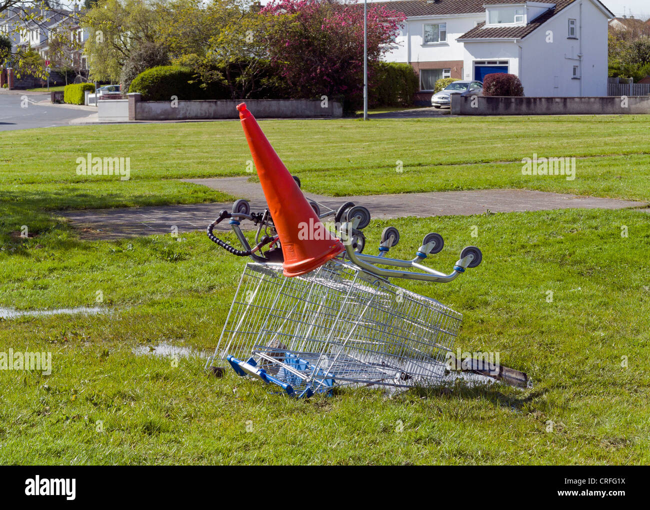 Stolen abandoned shopping trolley - Stock Image