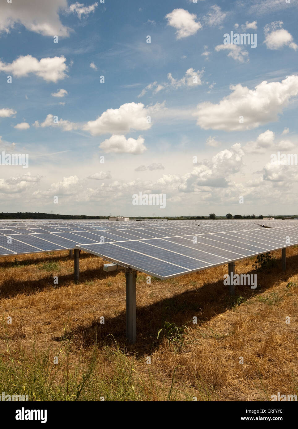 solar panels in Texas. Facility on 380 acres will produce over 50,000 MWH of emission free power annually to power - Stock Image