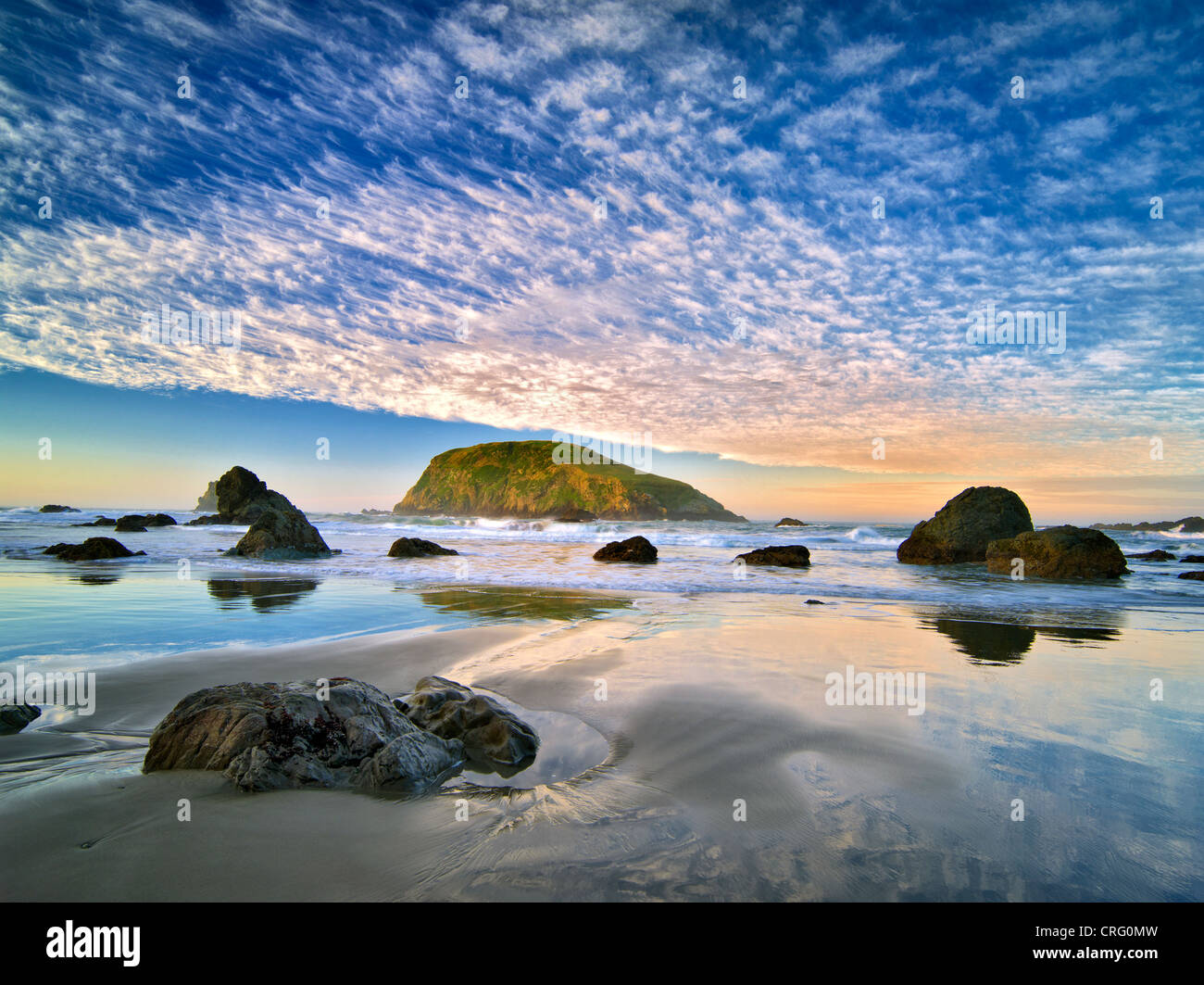 Beach and clouds. Harris Beach State Park, Oregon - Stock Image