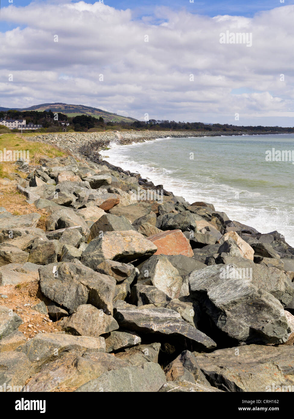 Irish beach with coastal protection in Arklow, County Wicklow, Ireland - Stock Image