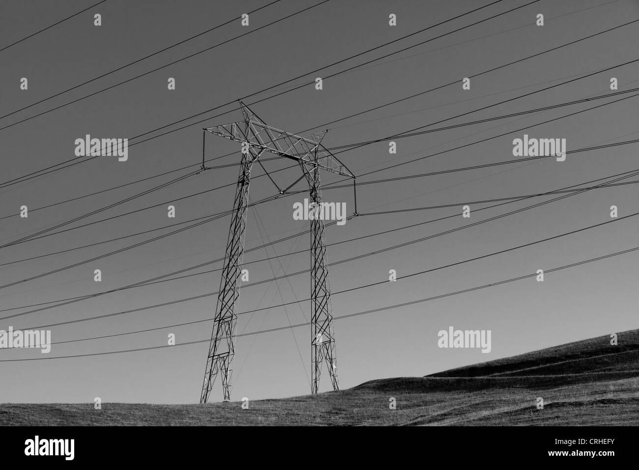 Pylon and power lines - California USA - Stock Image