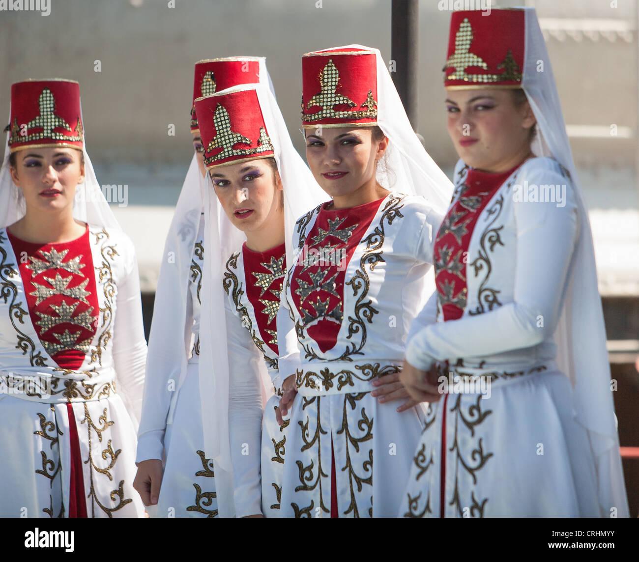 Wearing Turkish Traditional Dress Stock Photos & Wearing Turkish