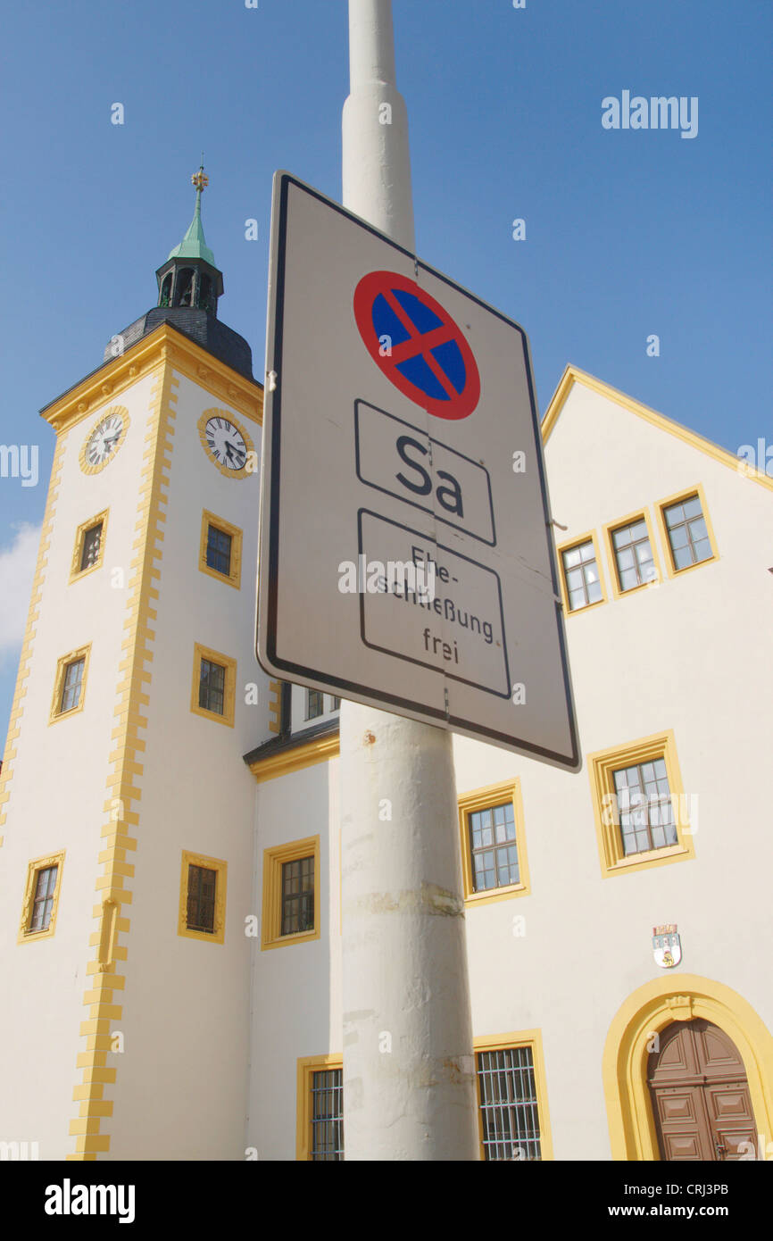 stopping restriction sign in front of the town hall, with addition marriage free, Germany, Saxony, Freiberg - Stock Image