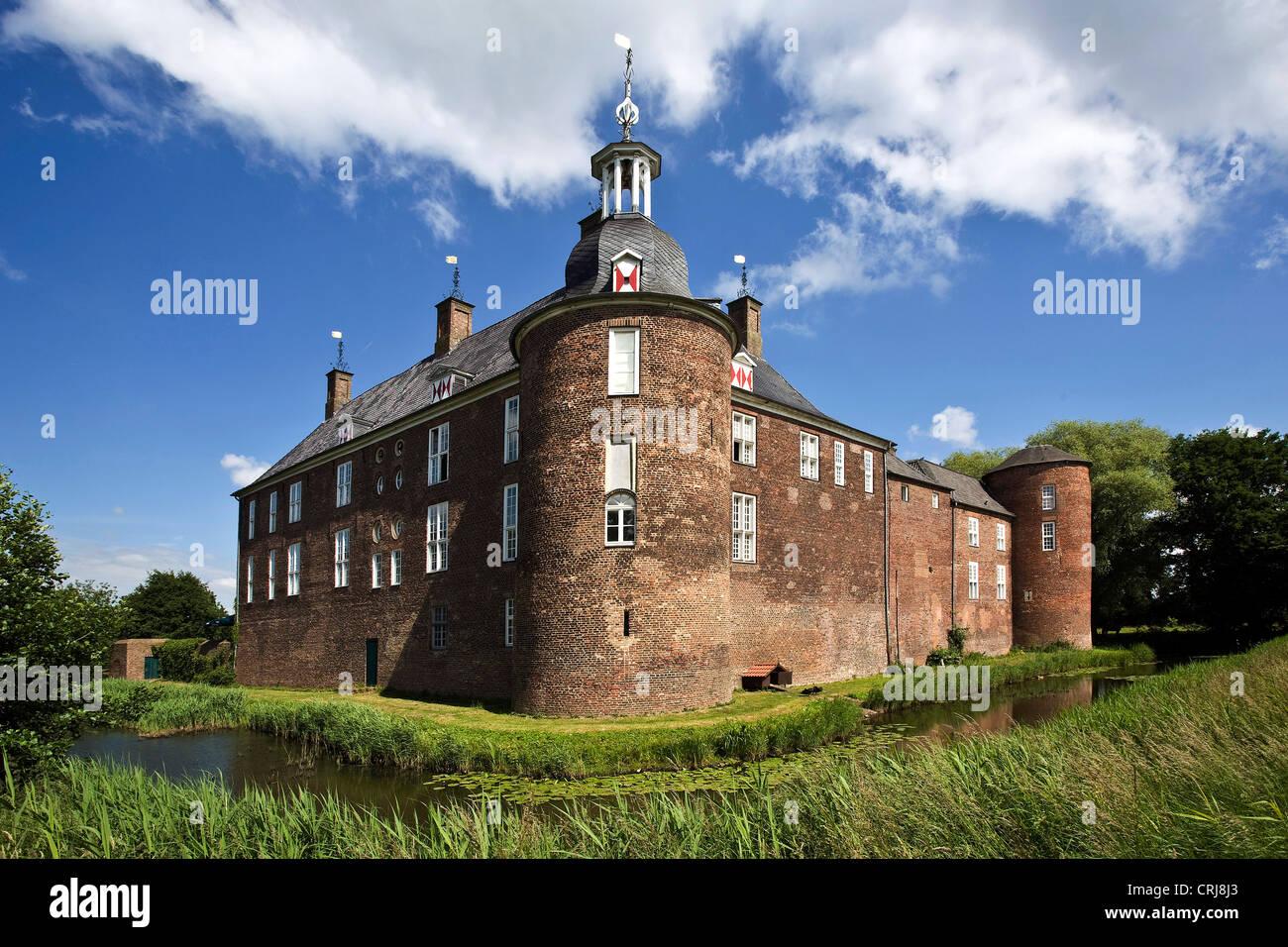 Ringenberg castle in Lower Rhine region, Niederrhein, Germany, North Rhine-Westphalia, Ruhr Area, Hamminkeln - Stock Image