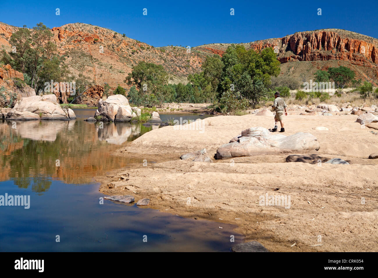 Waterhole in Ormiston Pound in the West MacDonnell Ranges - Stock Image
