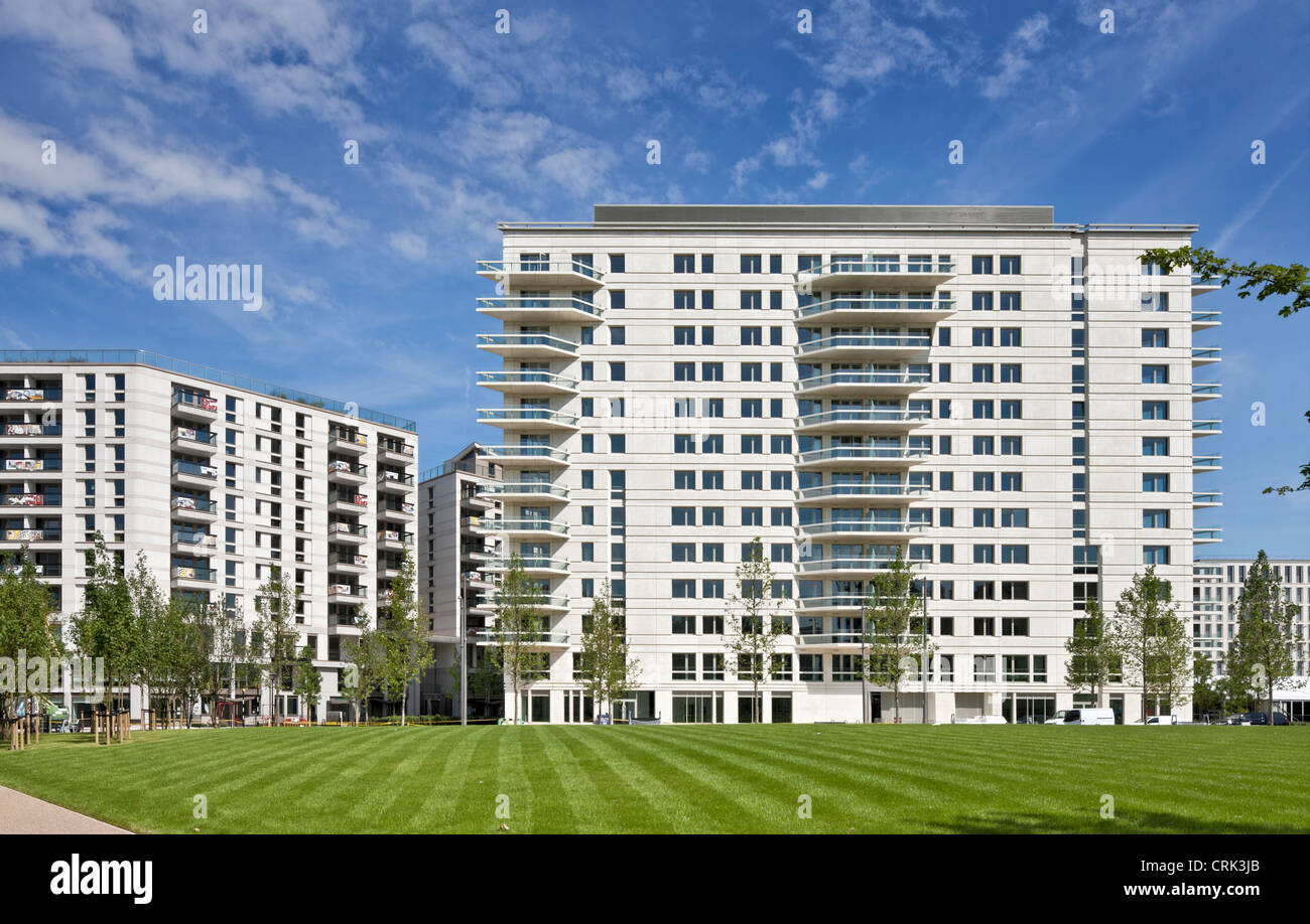 Luxury apartments at the Athletes Village for the London 2012 Olympics - Stock Image
