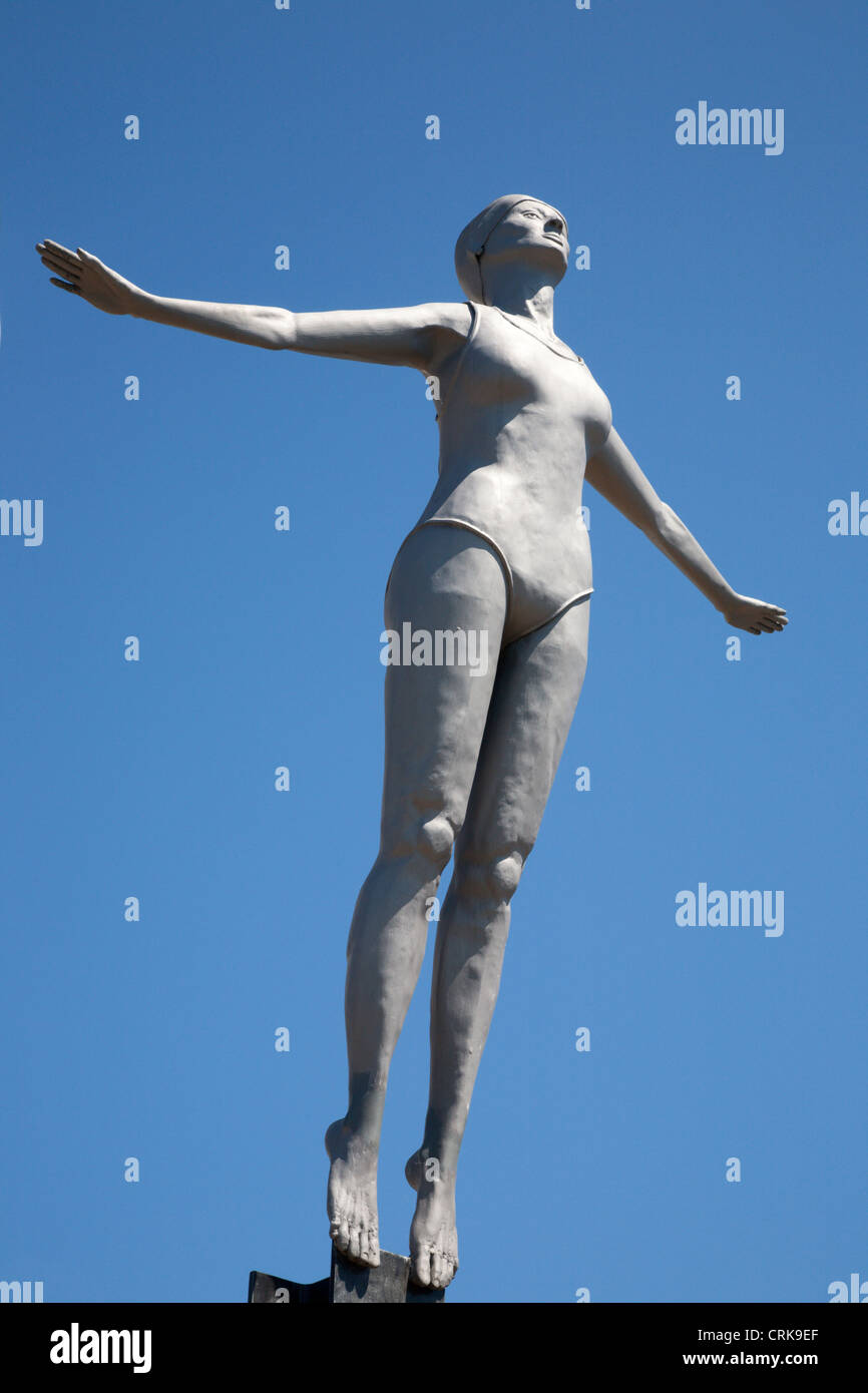 The Diving Belle Sculpture on Vincents Pier Scarborough North Yorkshire England - Stock Image