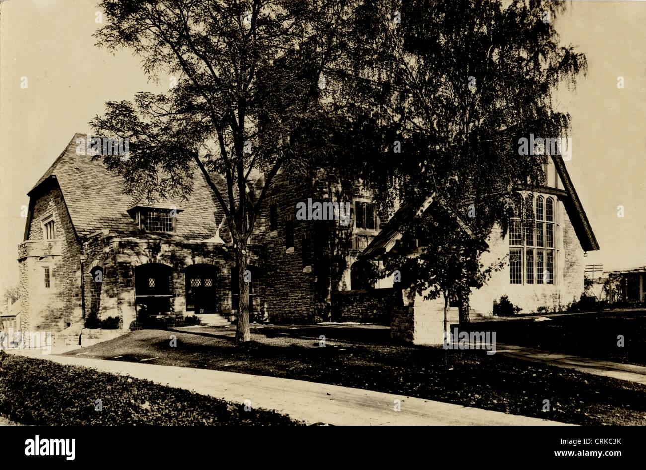 Cotswold Style English Tudor Mansion - Stock Image
