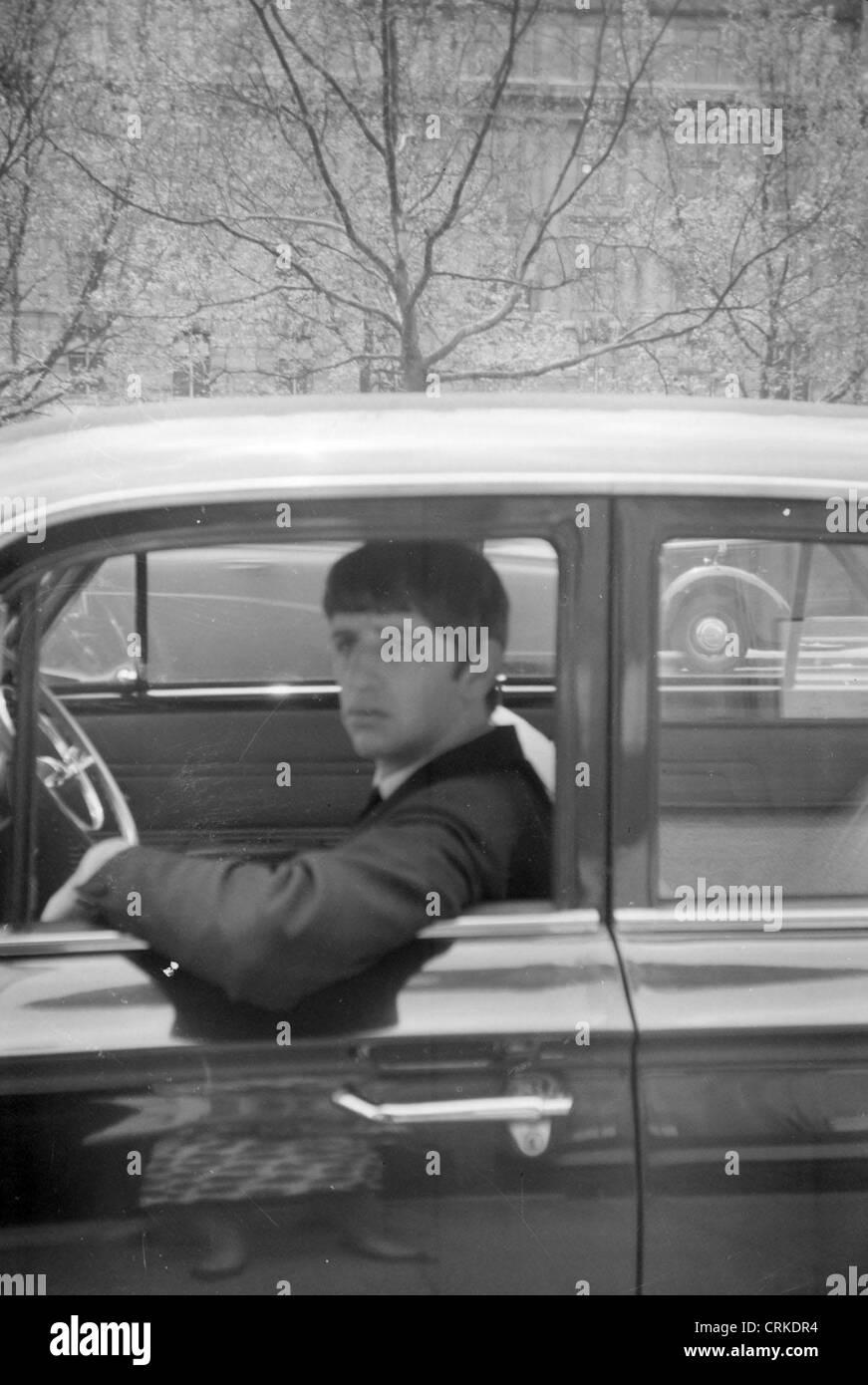 003141 - Ringo Starr in Sloane Square, Chelsea, London on 10th February 1963 - Stock Image