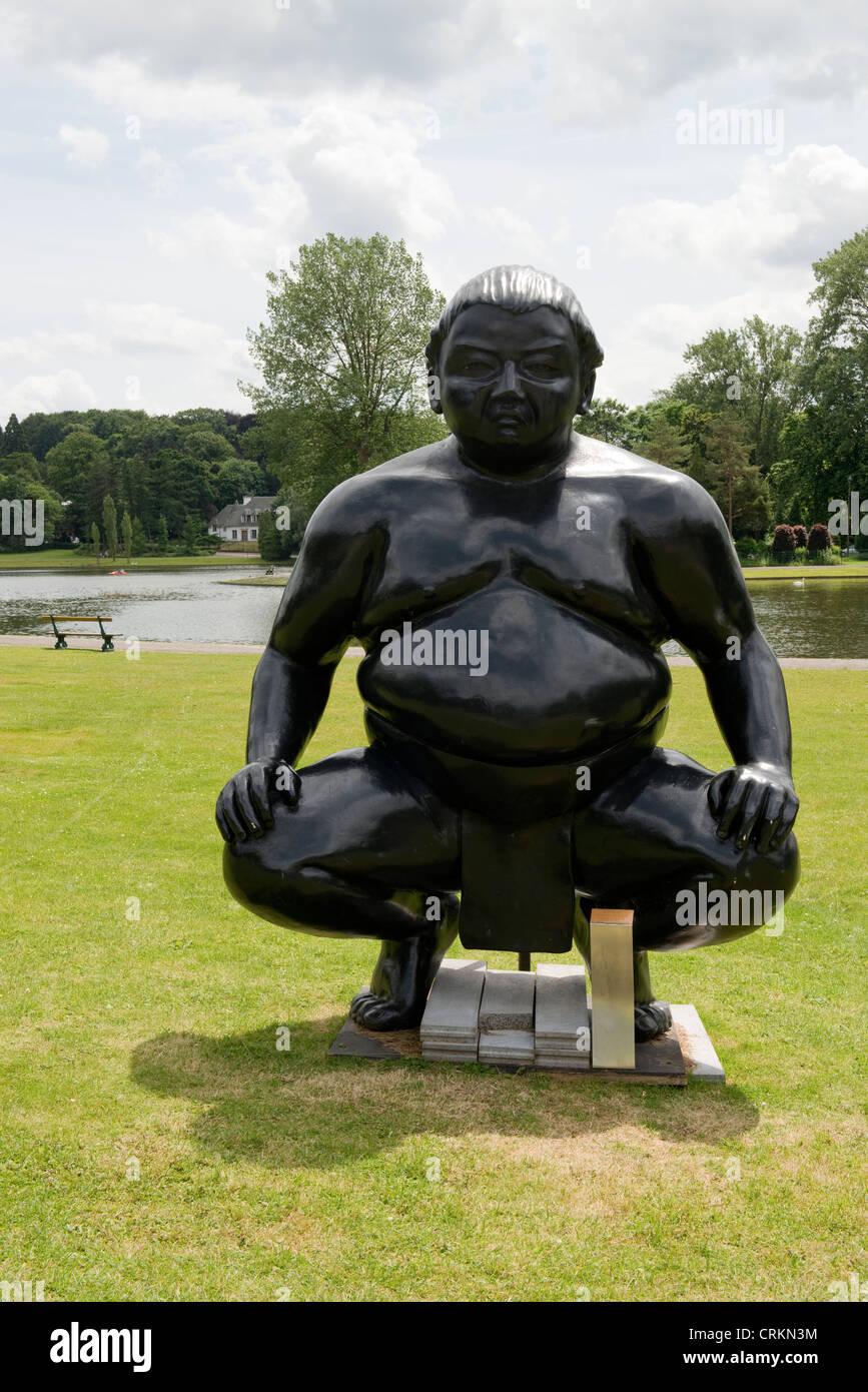 Sumo Wrestlers by Sculpture Alexandra Gestin at Mellaerts Ponds Brussels, Belgium -2 - Stock Image