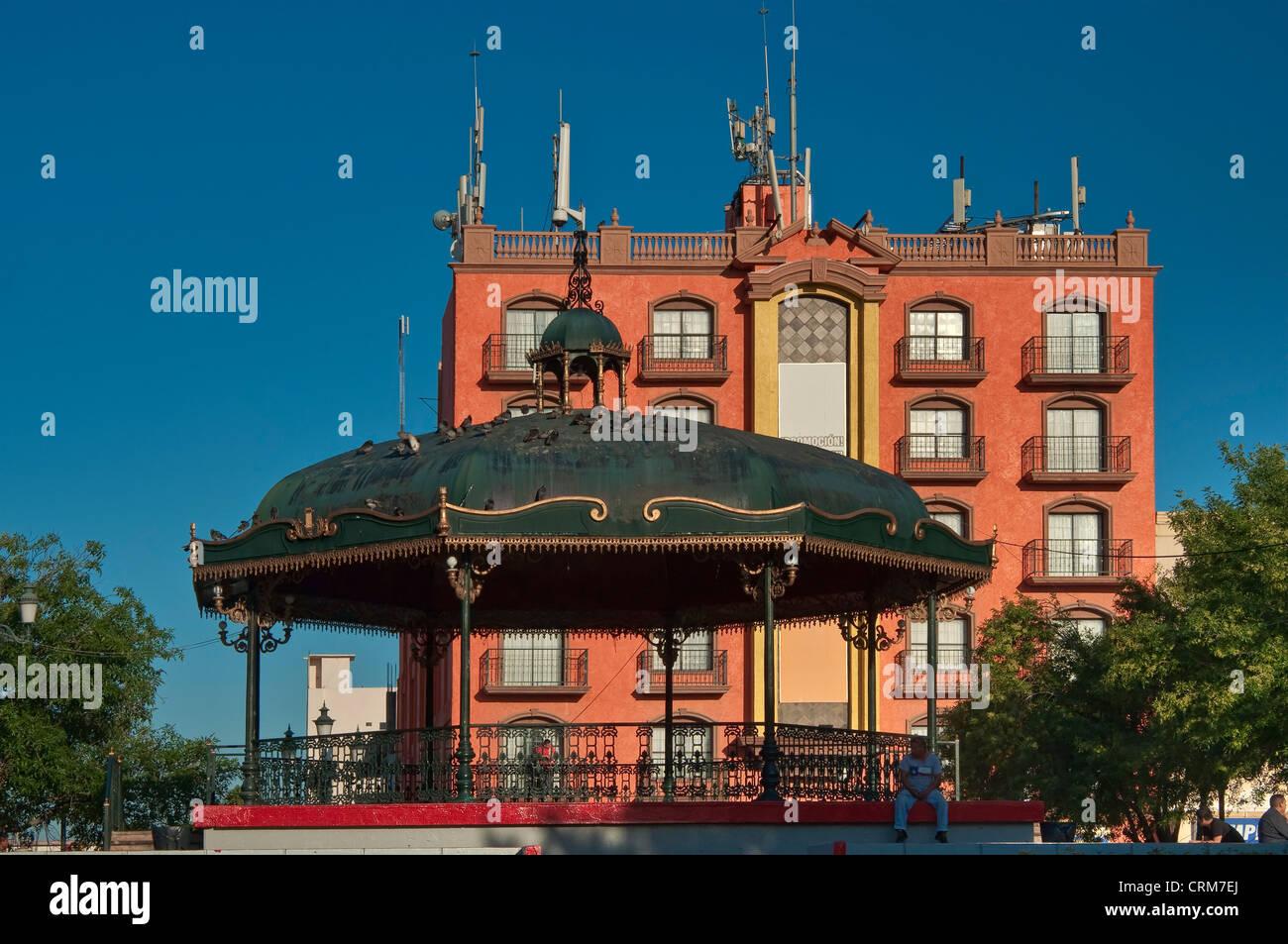 Hotel San Carlos and band stand at Plaza Principal in Reynosa, Rio Grande Valley, Tamaulipas, Mexico - Stock Image
