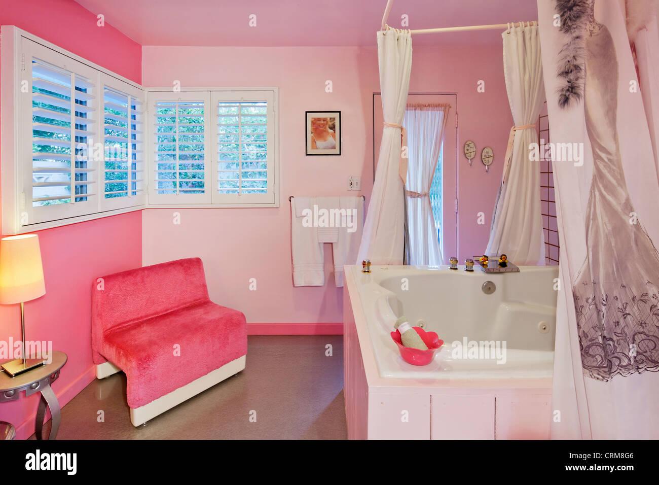 Luxurious bathroom interior design - Stock Image