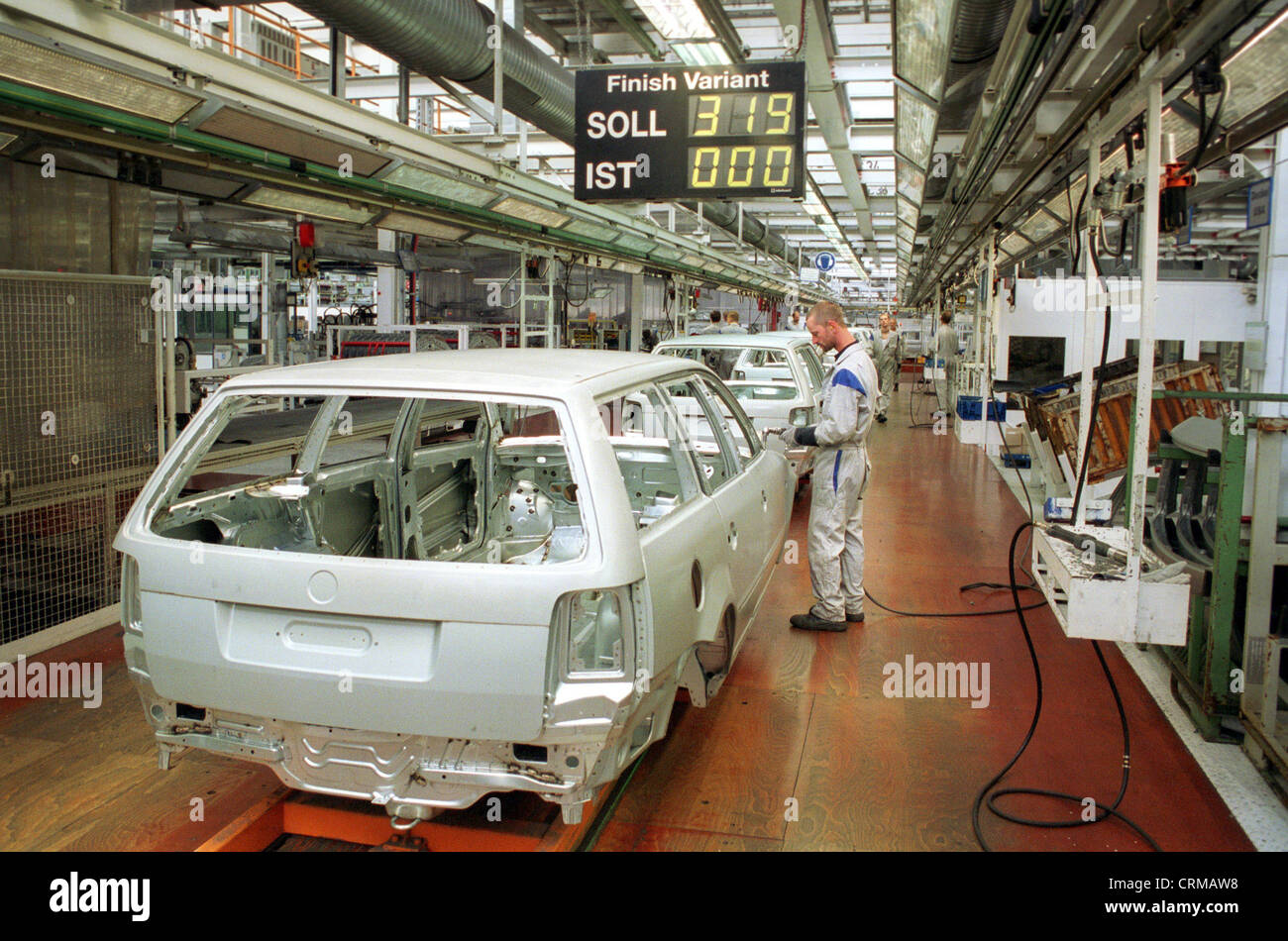 Automobile production at Volkswagen AG at the Emden plant Stock Photo