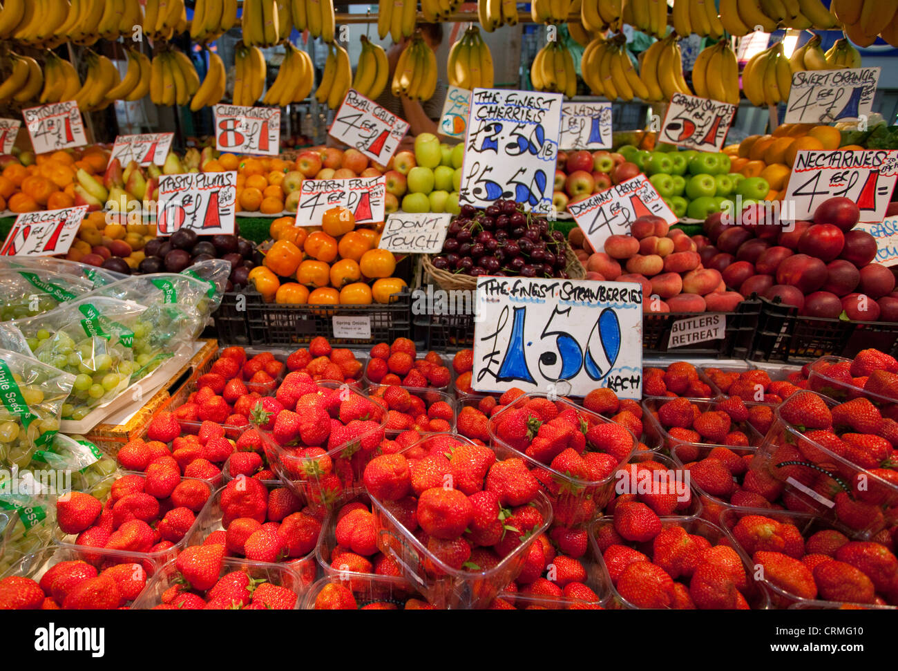 Display of fruit in London greengrocers - Stock Image