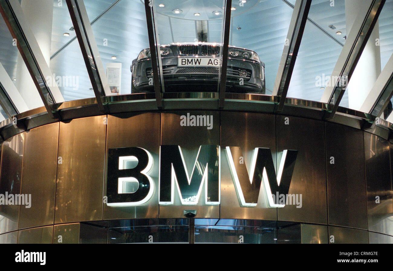 Bmw Group Ag Ausstellungsgebaeude In Berlin At Night Stock Photo
