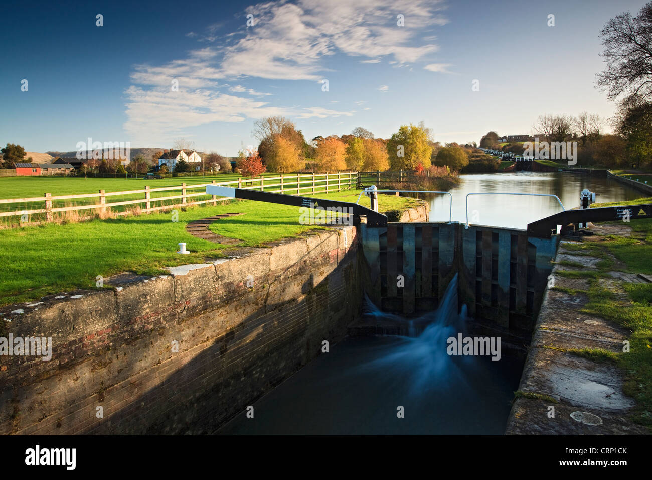 Caen Hill locks on the Kennet and Avon Canal near Devizes, a flight of 29 locks rising 237 feet in 2 miles. - Stock Image