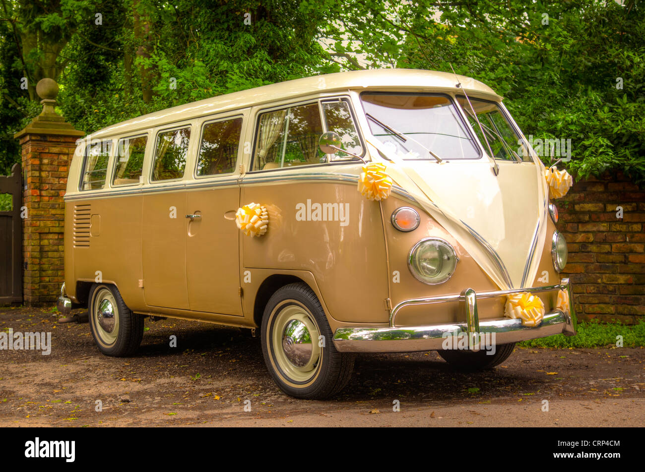 A VW Wedding camper van with flowers - Stock Image