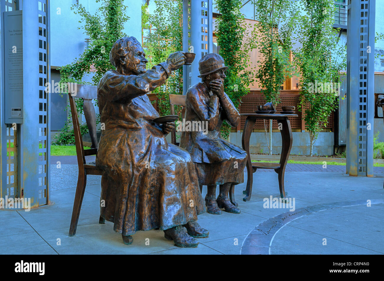 Famous Five statue. Larger than life bronzes,  Louise McKinney and Henrietta Muir Edwards pictured here. - Stock Image