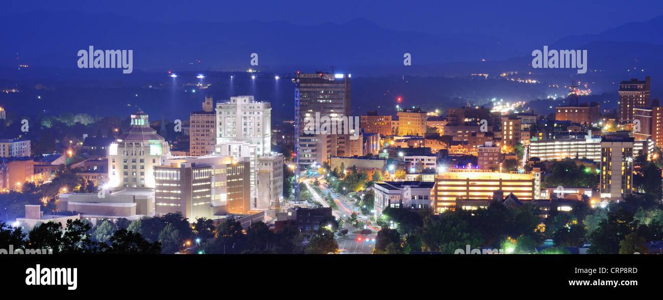 Asheville, North Carolina skyline nestled in the Blue Ridge Mountains. - Stock Image