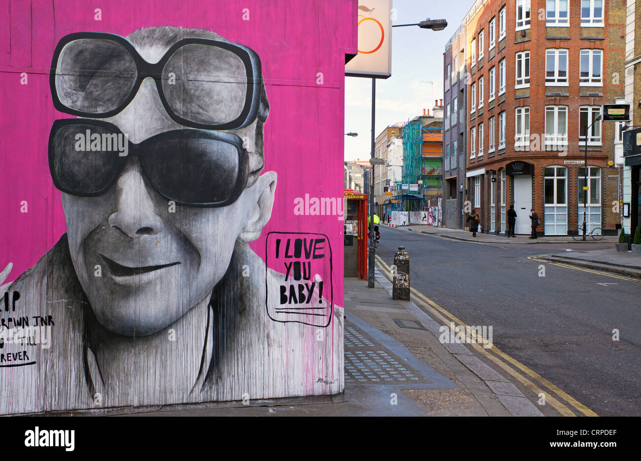 Street art on the side of a building at the junction of Bethnal Green Road and Redchurch Street in the East End - Stock Image