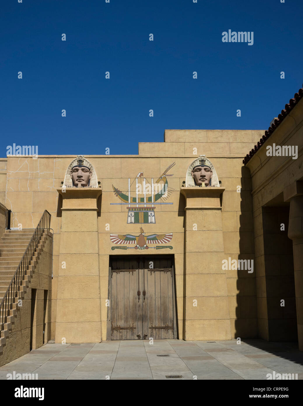 grauman's egyptian theater in Hollywood - Stock Image