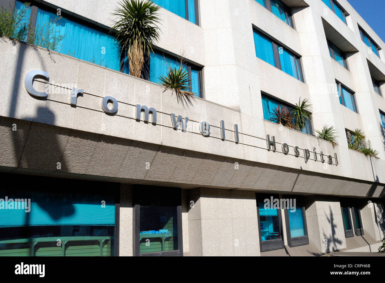 Bupa Cromwell Hospital, an internationally renowned private hospital in Cromwell Road. - Stock Image