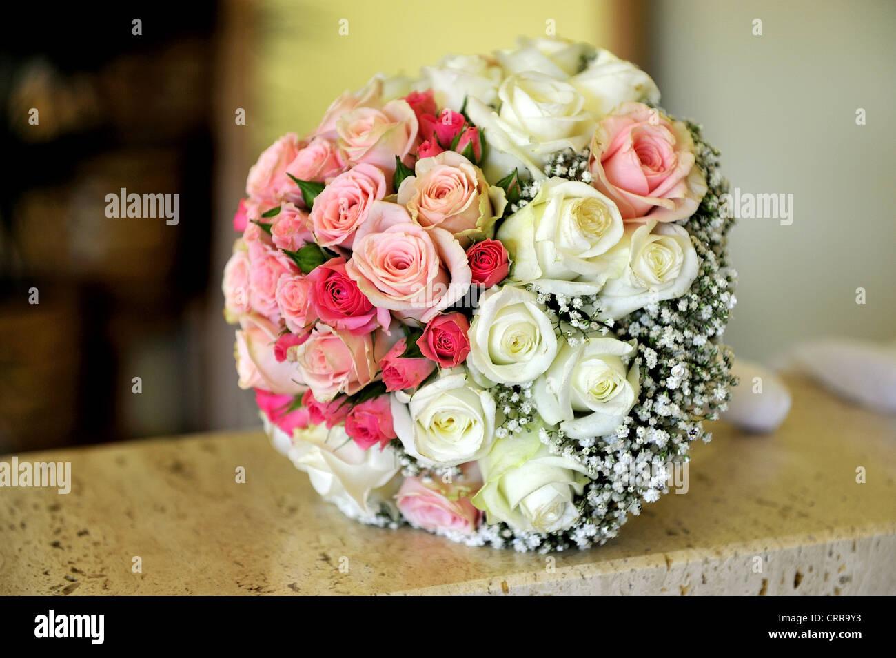 beauty, bouquet, bridal, celebration, flowers, roses, wedding - Stock Image