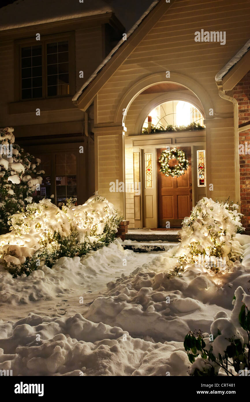 Outside Christmas Lights.Outside Christmas Lights Line Path To A Front Door On A
