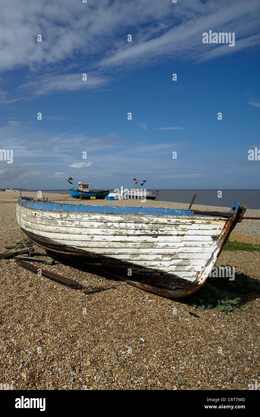 Old boat on the beach at Aldeburgh, Norfolk, UK. - Stock Image