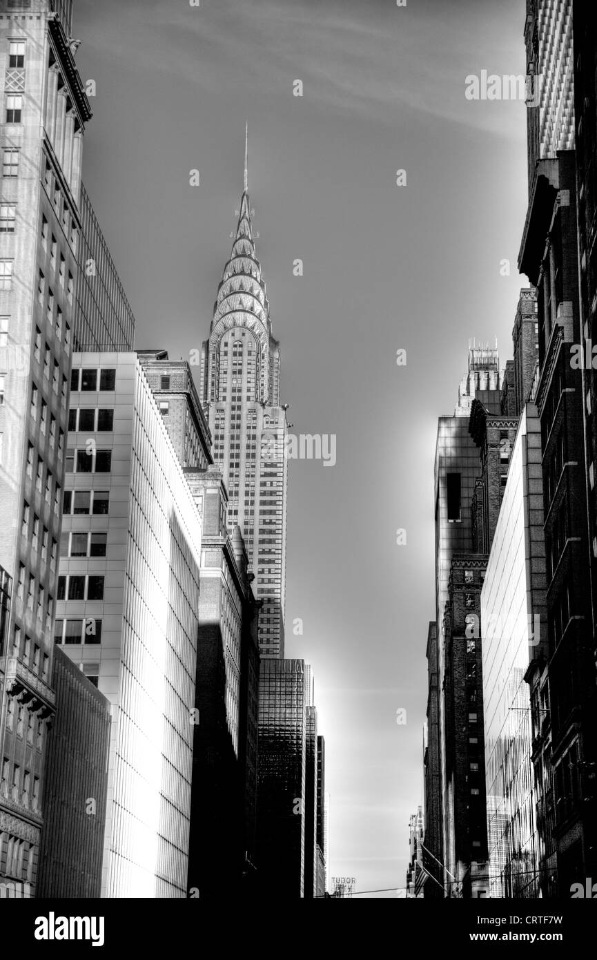 New york city the iconic chrysler building in manhattan 1930s art deco by william van alen in black and white