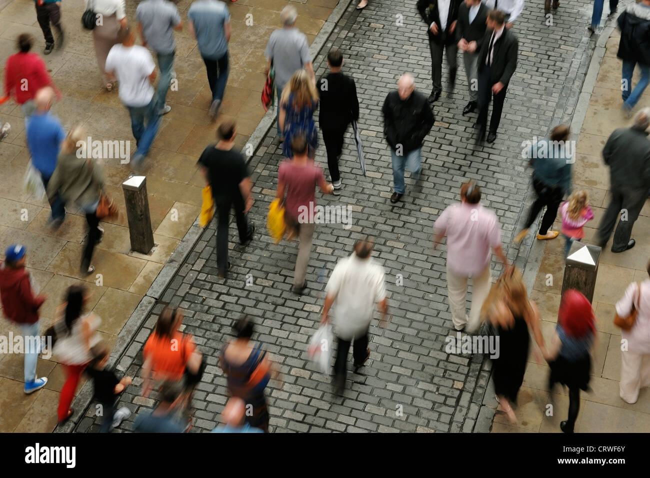 Overhead city centre crowds of shoppers - Stock Image