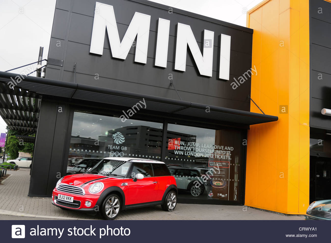 Mini Cooper Dealers >> Mini Car Dealership Coventry Uk Stock Photo 49128073 Alamy