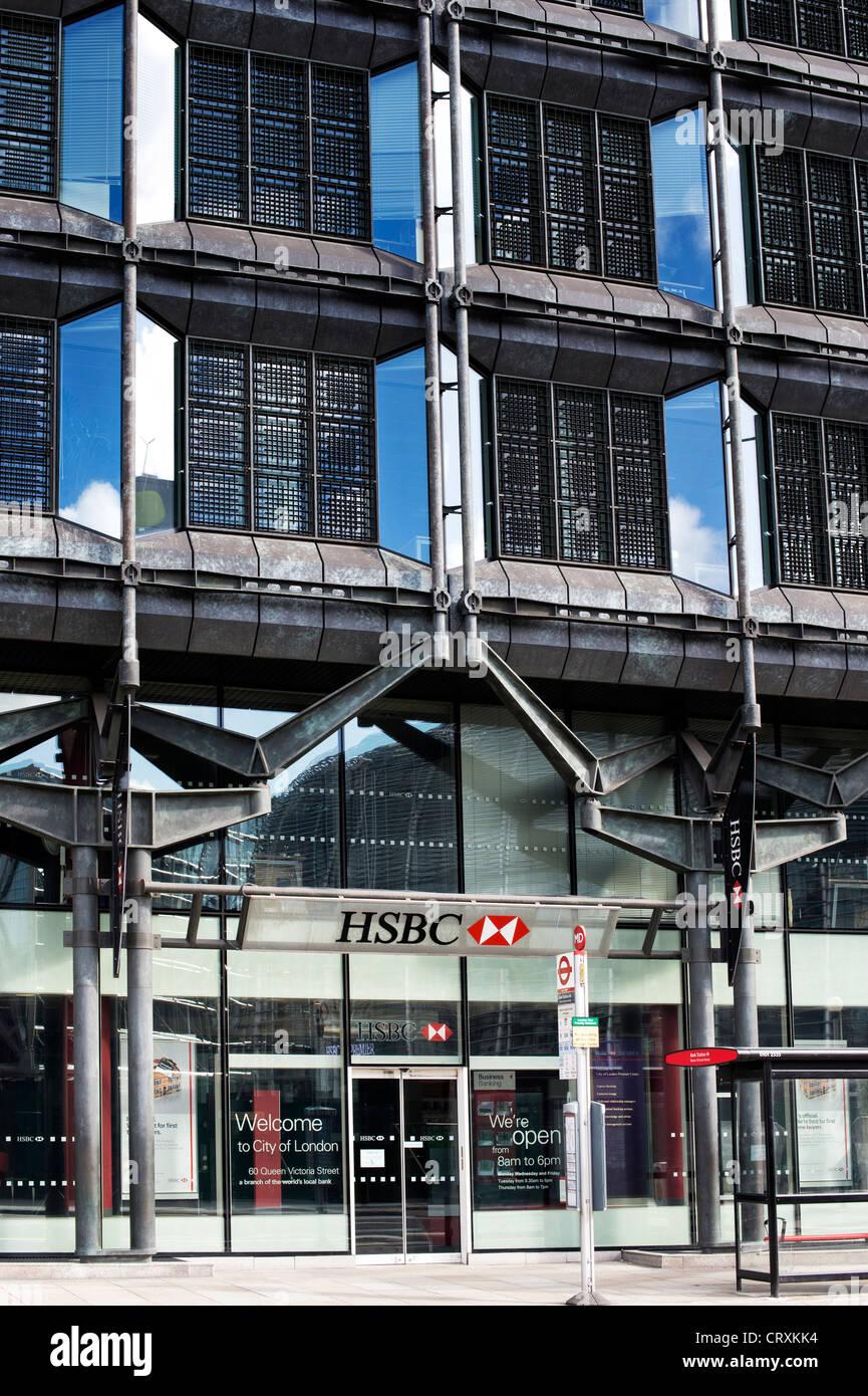 Hsbc Bank London Outside Stock Photos & Hsbc Bank London