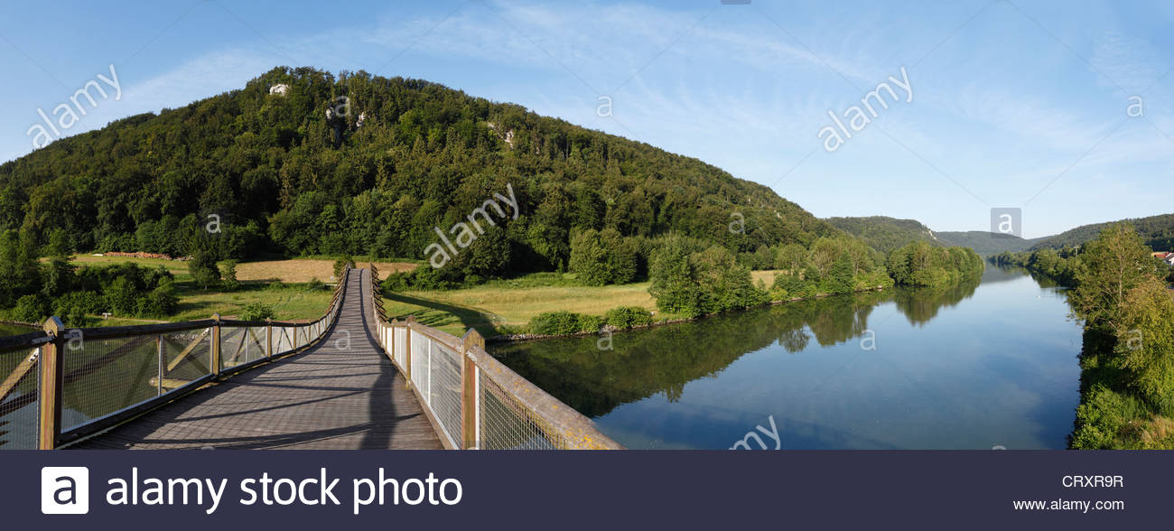 Germany, Bavaria, Lower Bavaria, View of wooden Tatzelwurm Bridge - Stock Image
