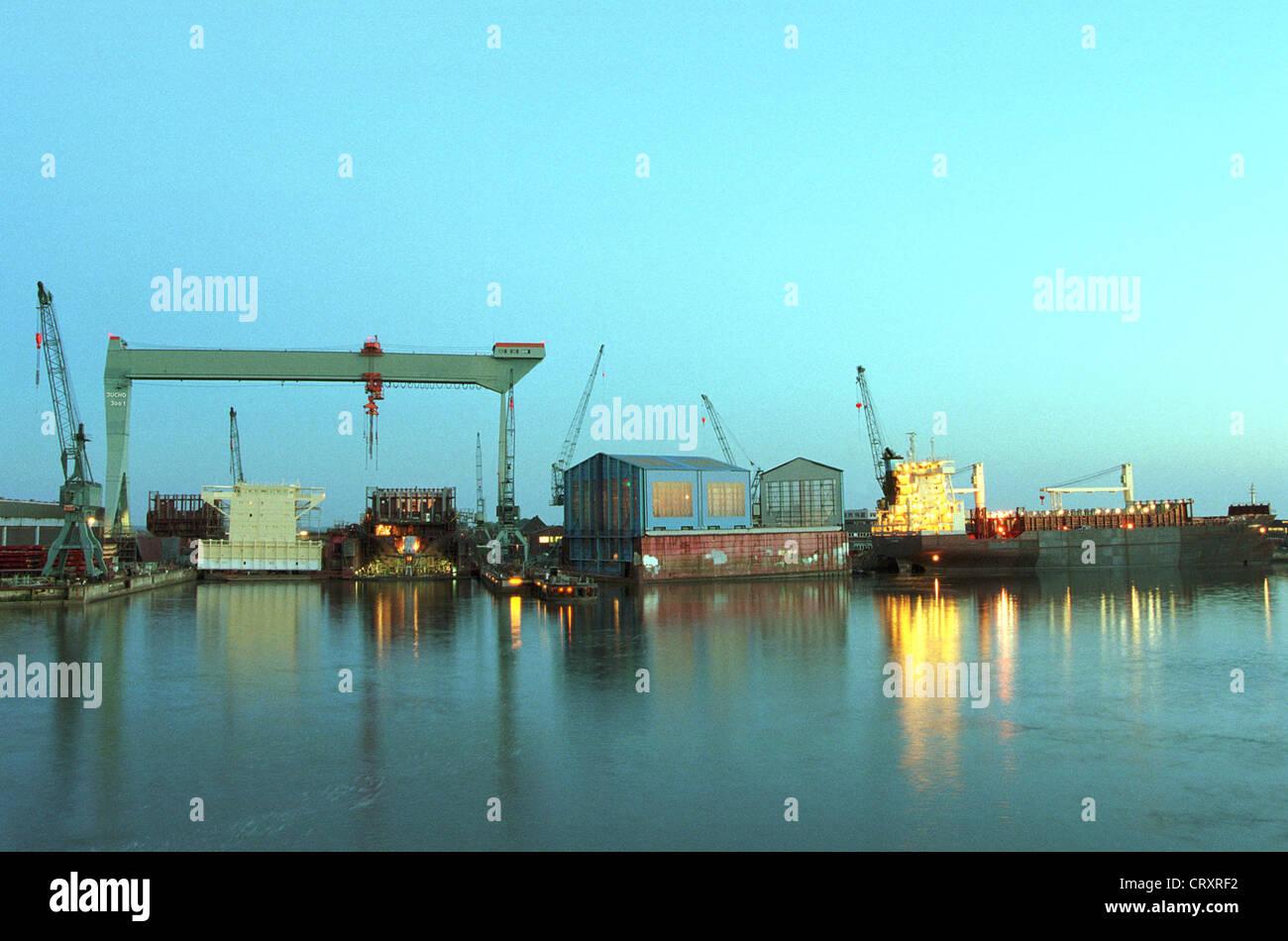 Sietas shipyard in Hamburg Abenddaemmerung - Stock Image