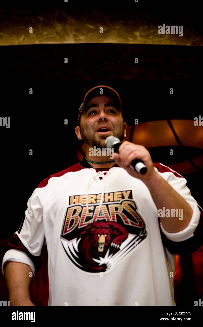 Duff Goldman presents his cake replica at the 2nd Anniversary party for the MGM at Foxwoods. - Stock Image