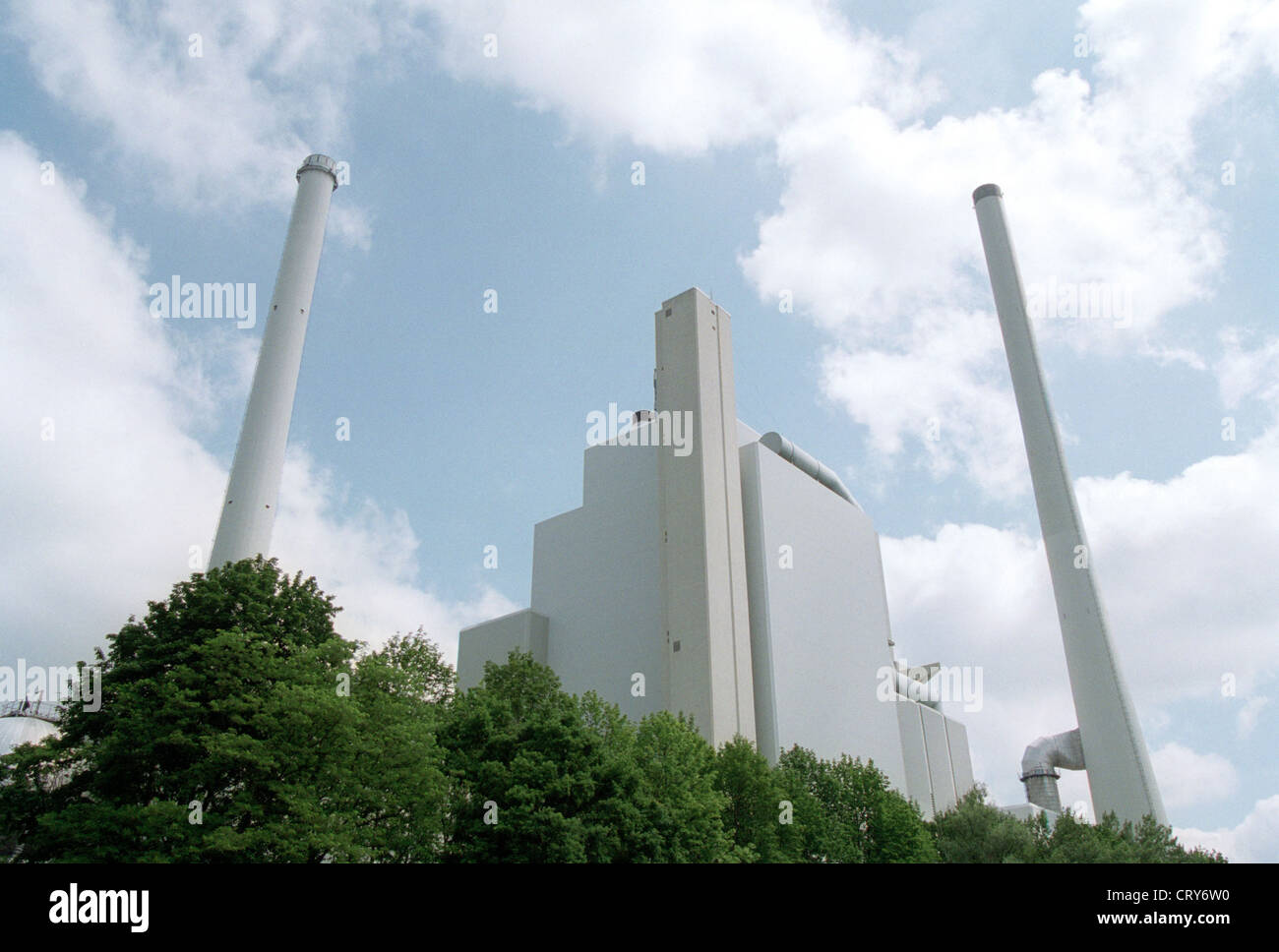 Coal plant in direct proximity to the floodplains - Stock Image