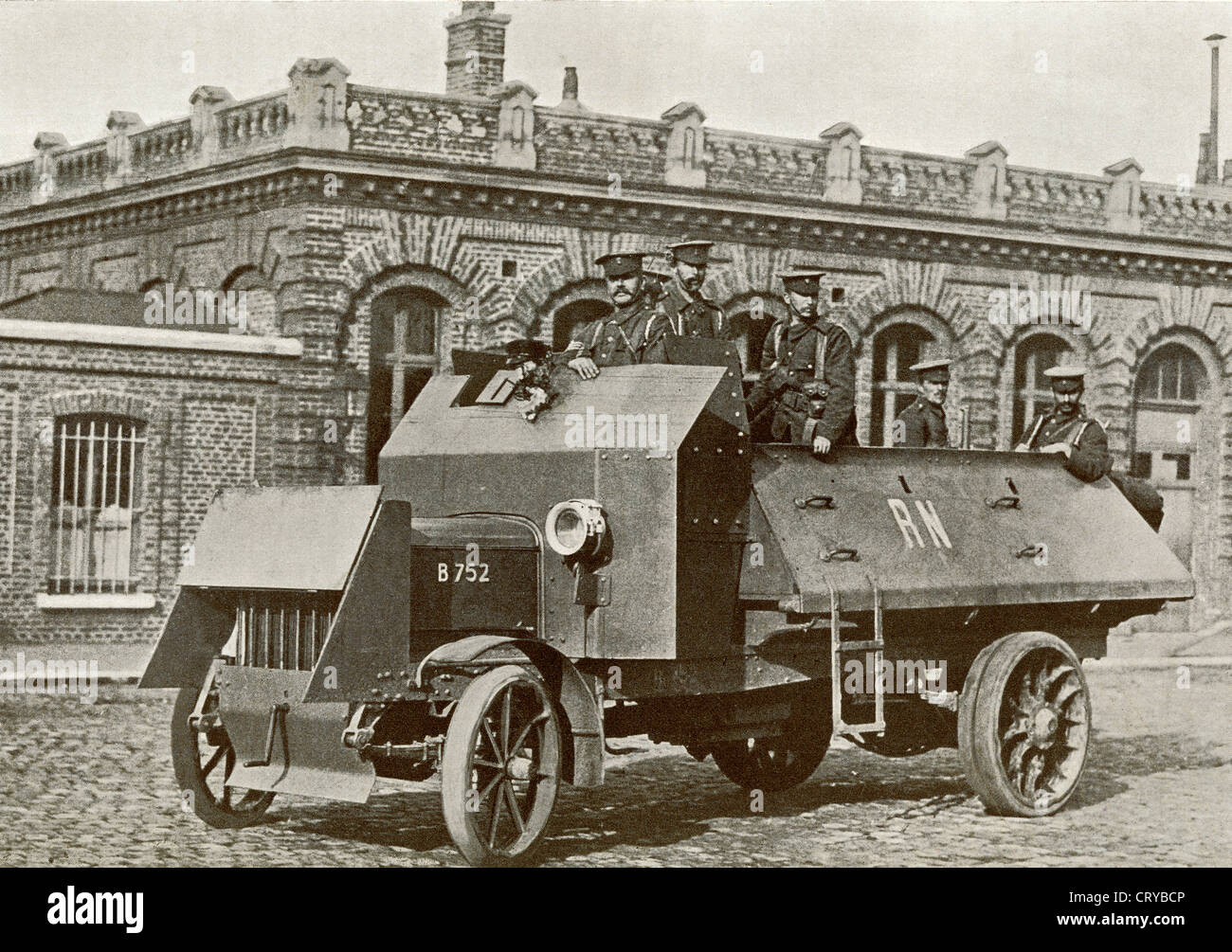 A British Armoured Motor in 1914 during World War I. From The Year 1914 Illustrated. - Stock Image