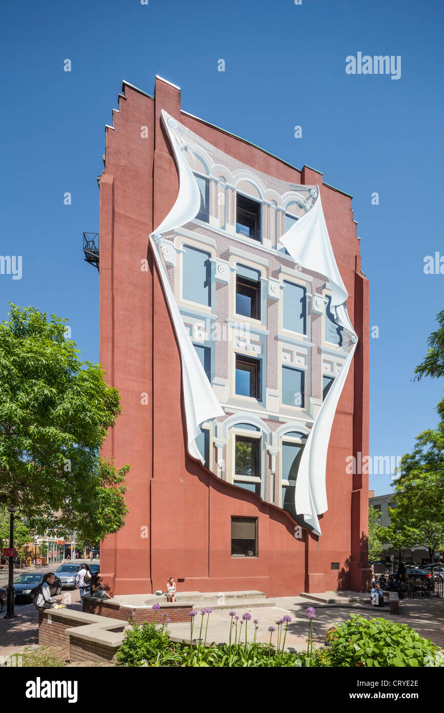 Flatiron Gooderham & Worts building mural, Toronto - Stock Image