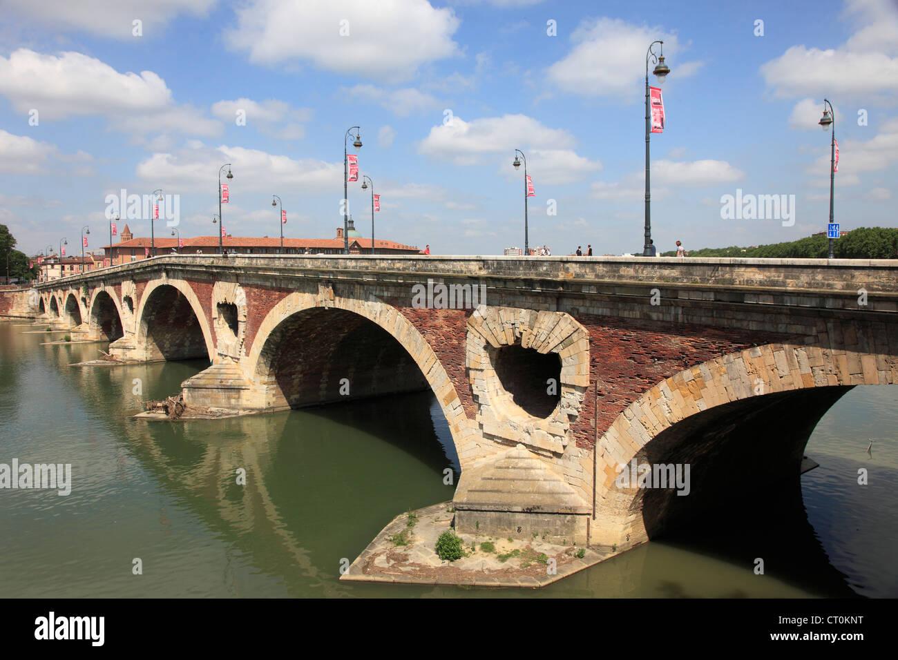 France, Midi-Pyrénées, Toulouse, Pont Neuf, bridge, Garonne River, - Stock Image