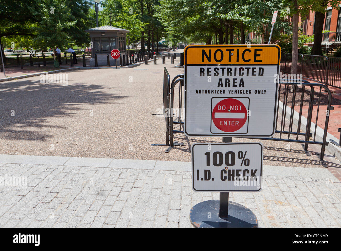 Restricted area warning sign - Stock Image