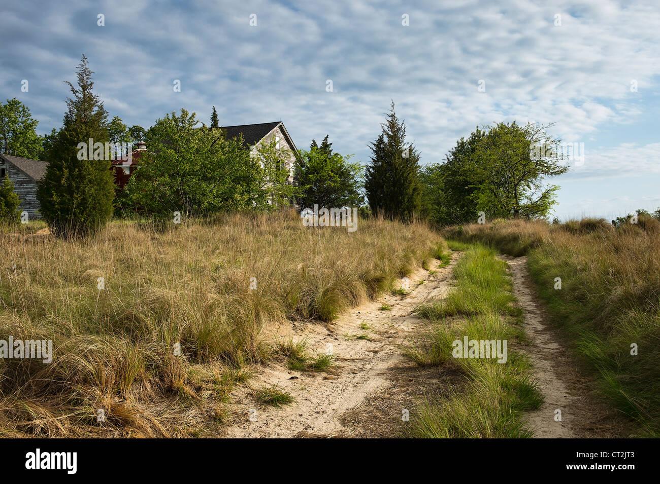 Abandoned rural farm house. - Stock Image