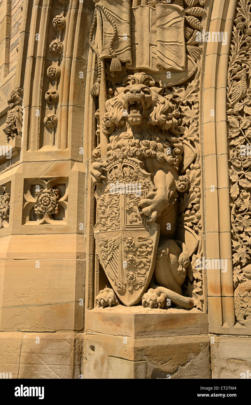 Sculptured archway at the Main Entrance to the Parliamentary Buildings at  Ottawa, Ontario, Canada. - Stock Image