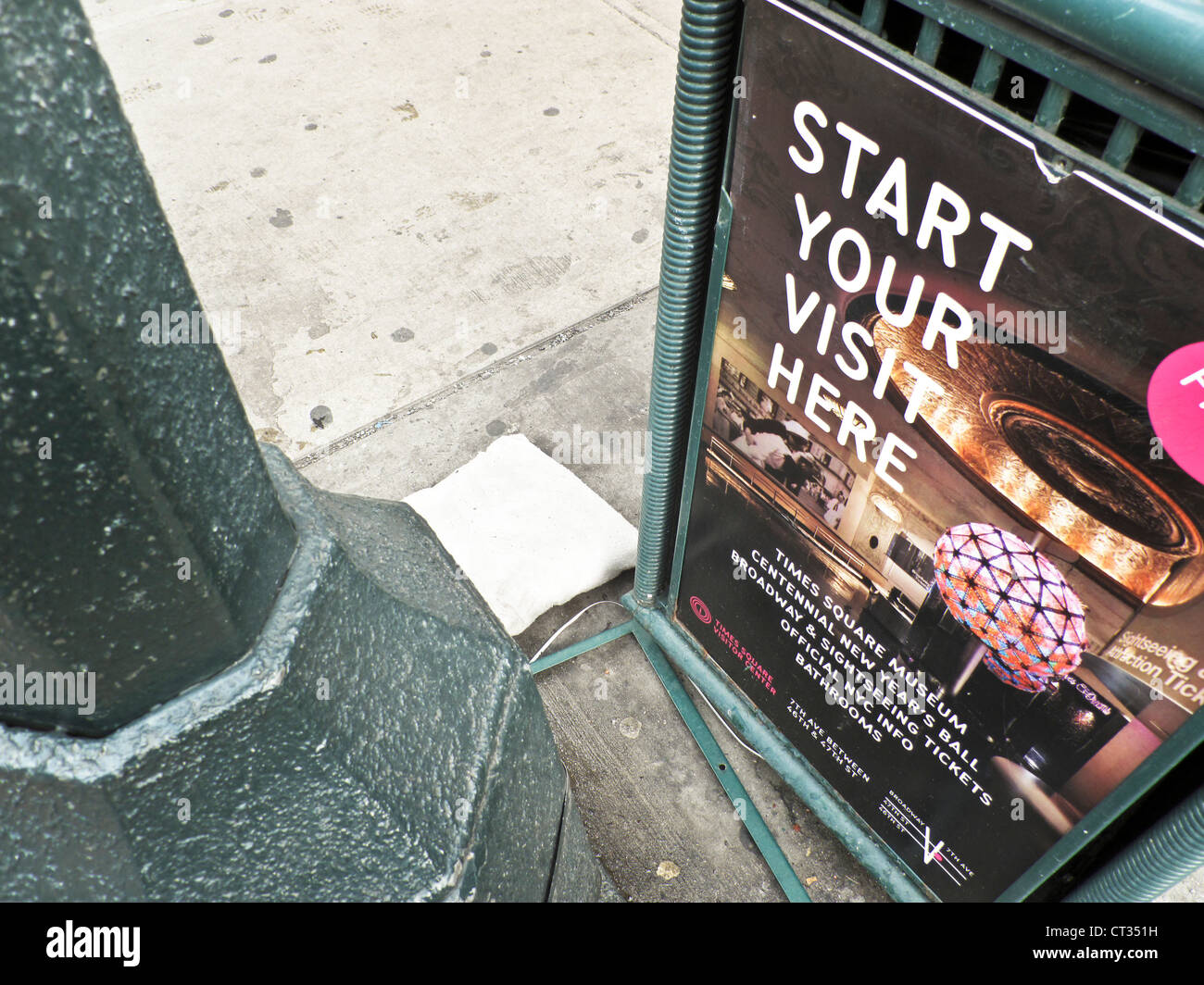 Near to times square stock photos near to times square stock images alamy - Tourist office new york city ...